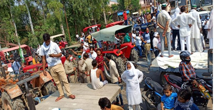 Delhi Police Toughens Security in the Midst of Farmers Protest