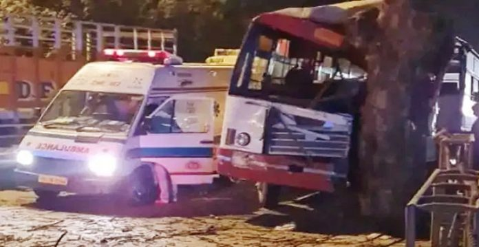 20 Injured After UP Roadways Bus Collides With Tree in Delhi
