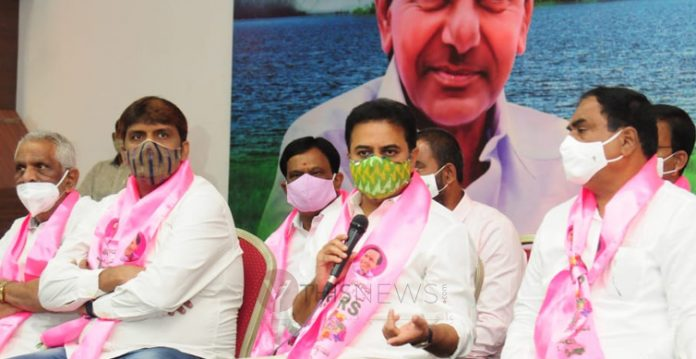 Kishan RHousehold campaign for GHMC polls : KTR releases pragati reporteddy is helpless minister, alleges minister KTR