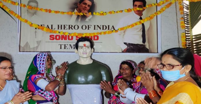 """""""God for us""""-Telangana villagers install idol of Sonu Sood in new temple"""