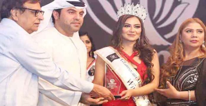 hyderabad based women wins the coveted glammonn mrs india 2020 title at jaipur