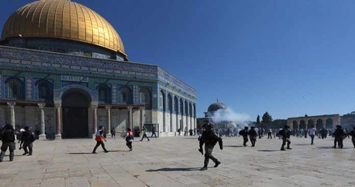 access relaxed to al aqsa as gaza ceasefire holds