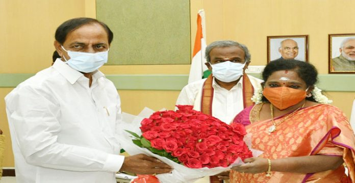 cm wishes governor on her birthday