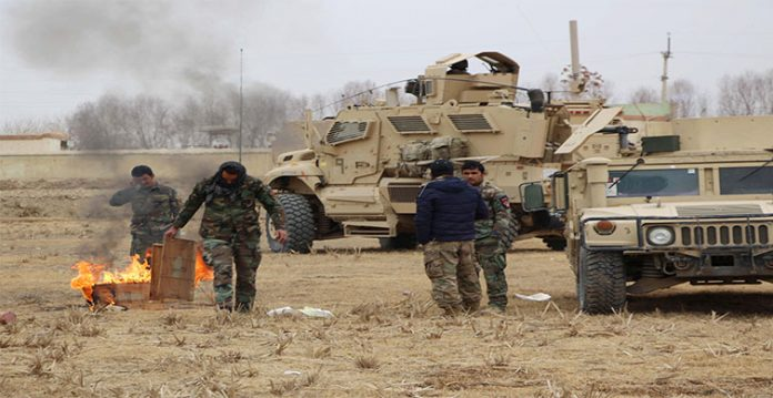suicide car bombing kills 3 afghan soldiers