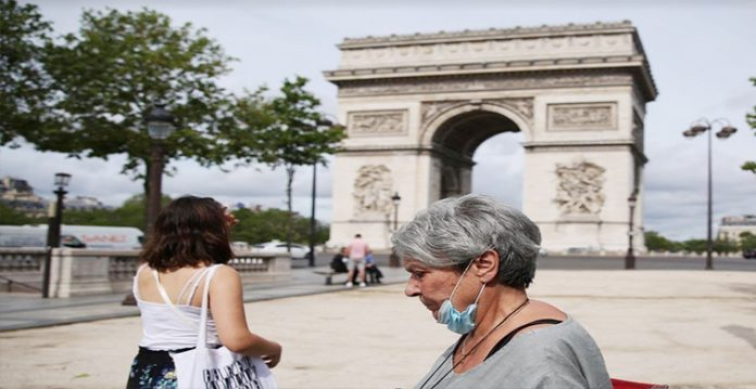 4th wave hits france, tougher sanctions announced