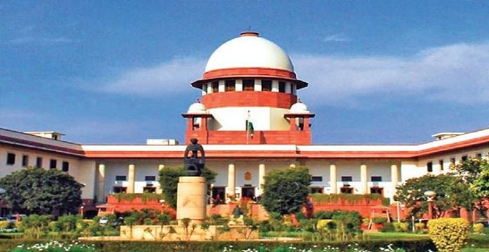 sc issues notice for compensation to activist criticising cow dung, urine for covid 19 treatment