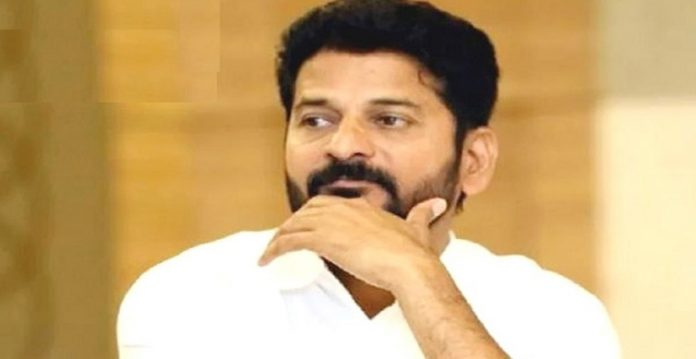 special acb court issued warrant to tpcc president revanth reddy's driver, pa