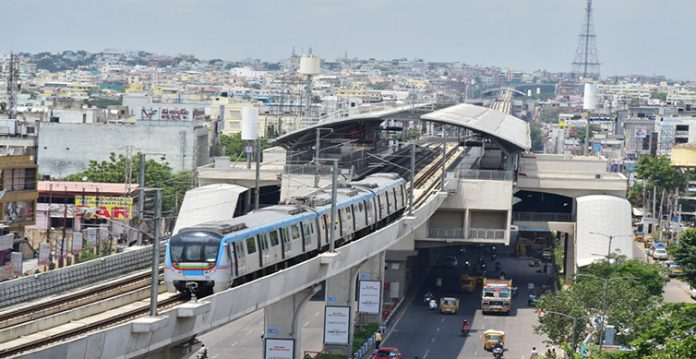 Hyderbad Metro rail services till 1 am on idols Immersion day